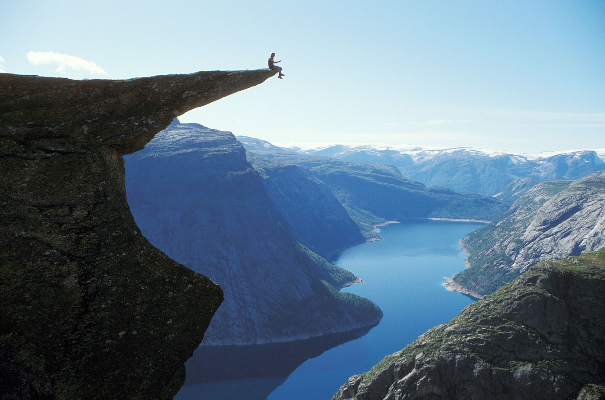 Trolltunga (Troll's tongue) Norway (7)