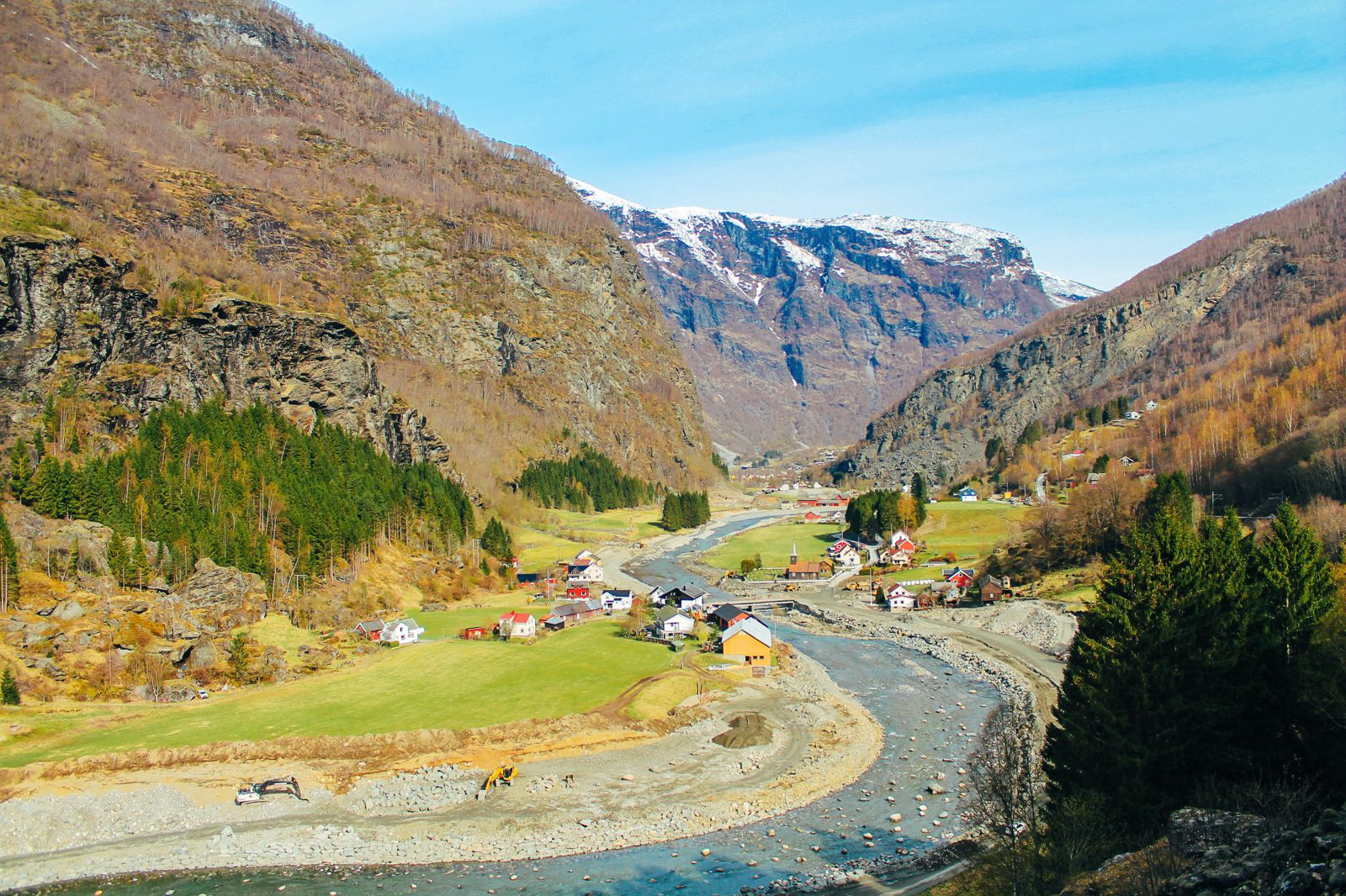 The Flamsbana Experience - Norway's Most Scenic Train Journey! (21)
