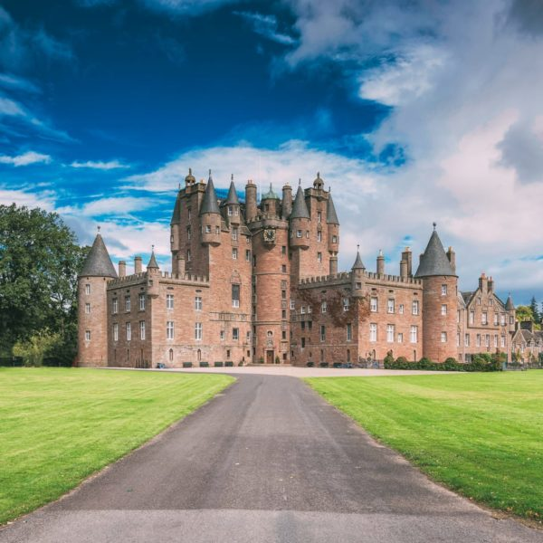 Fairy Tale Castles You Must Visit In Scotland (5)