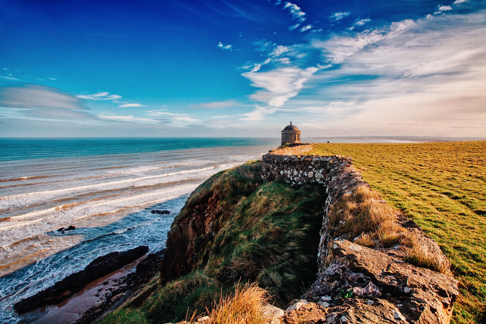 9 Places You Have To Visit On A Road Trip Across Ireland (5)