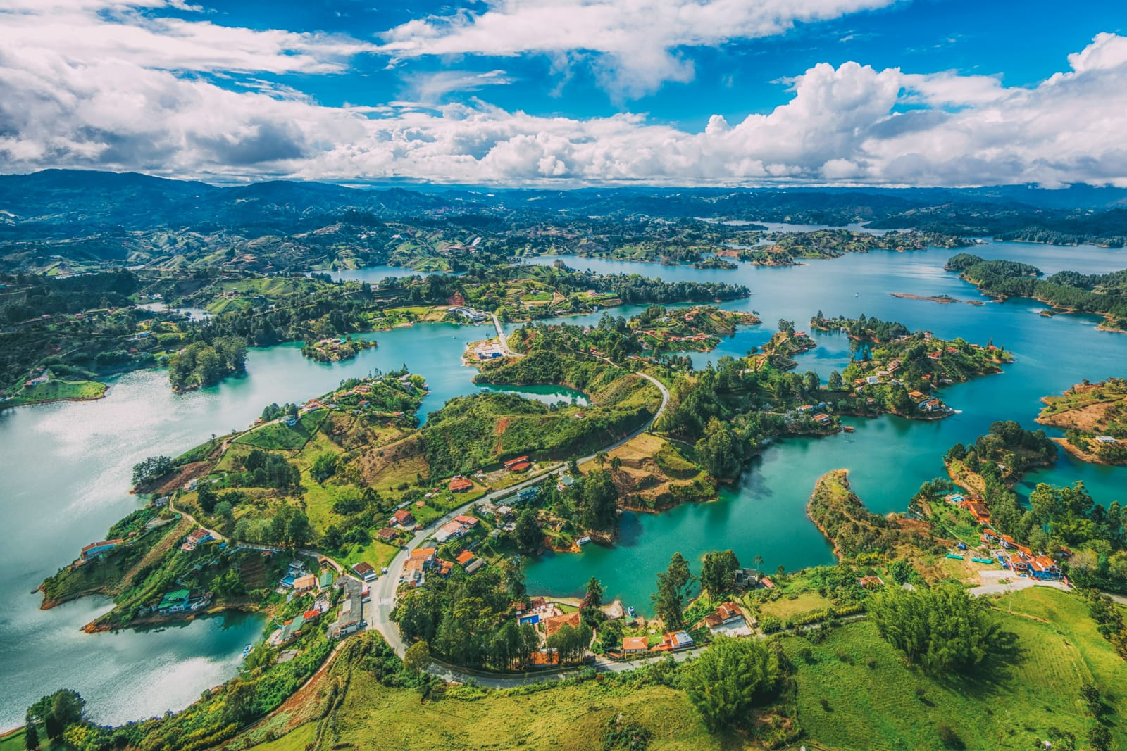 10 Beautiful Towns You Need To See In Colombia (4)