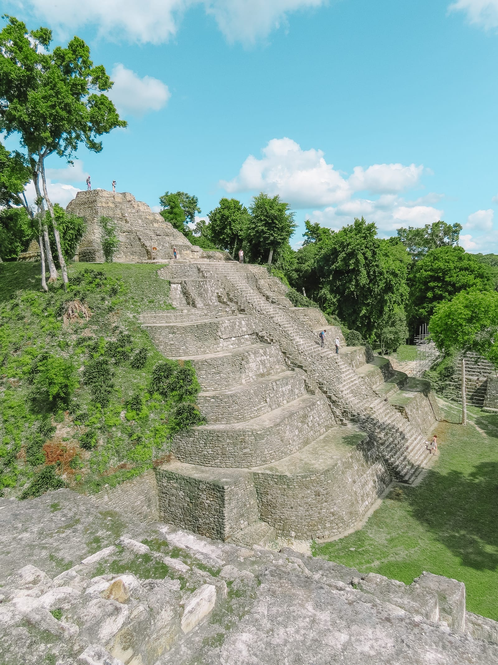 Guatemala Travel: 13 Amazing Mayan Ruins You HAVE To Visit! (16)