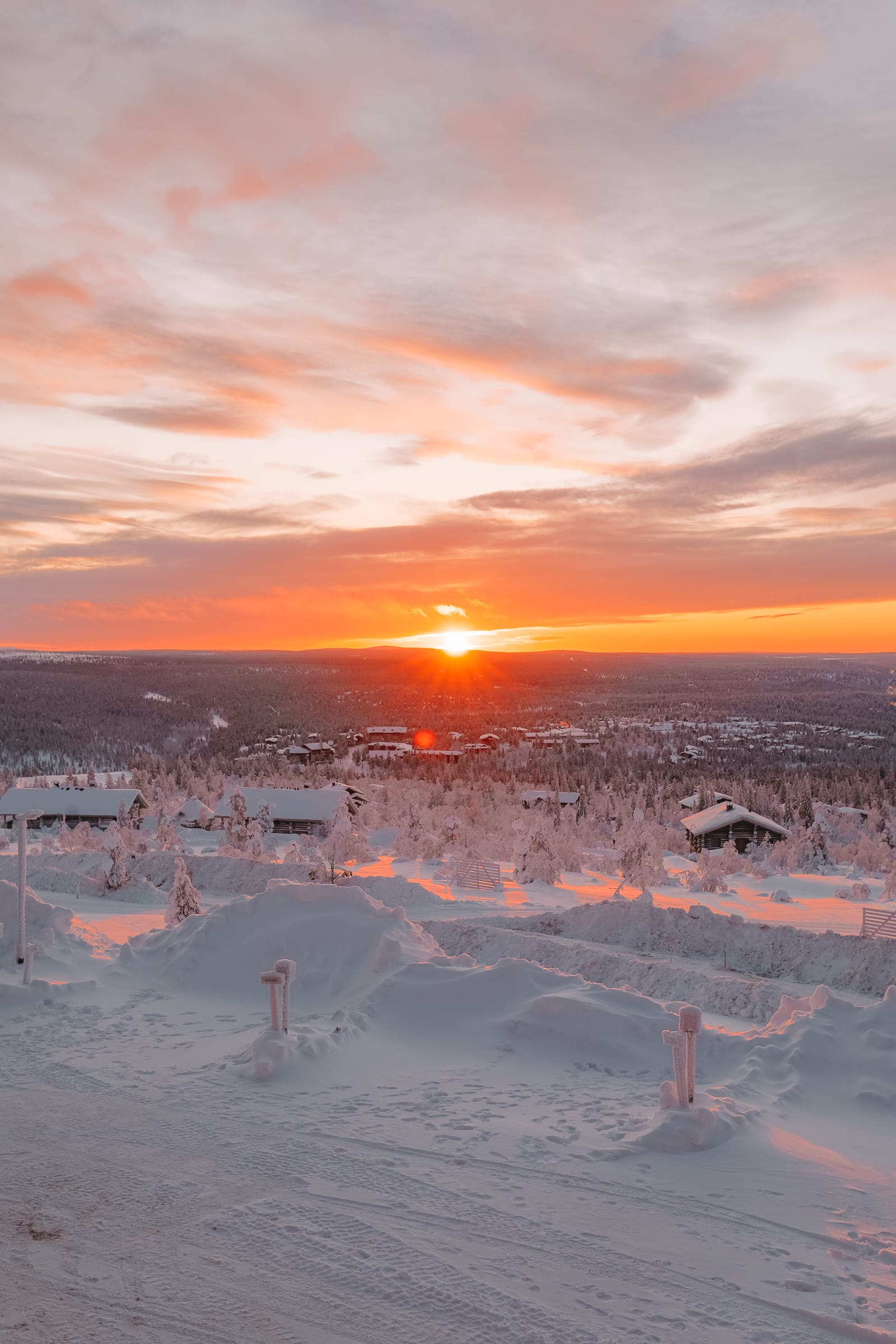 The Northern Lights Village And Star Arctic... In Lapland, Finland (34)
