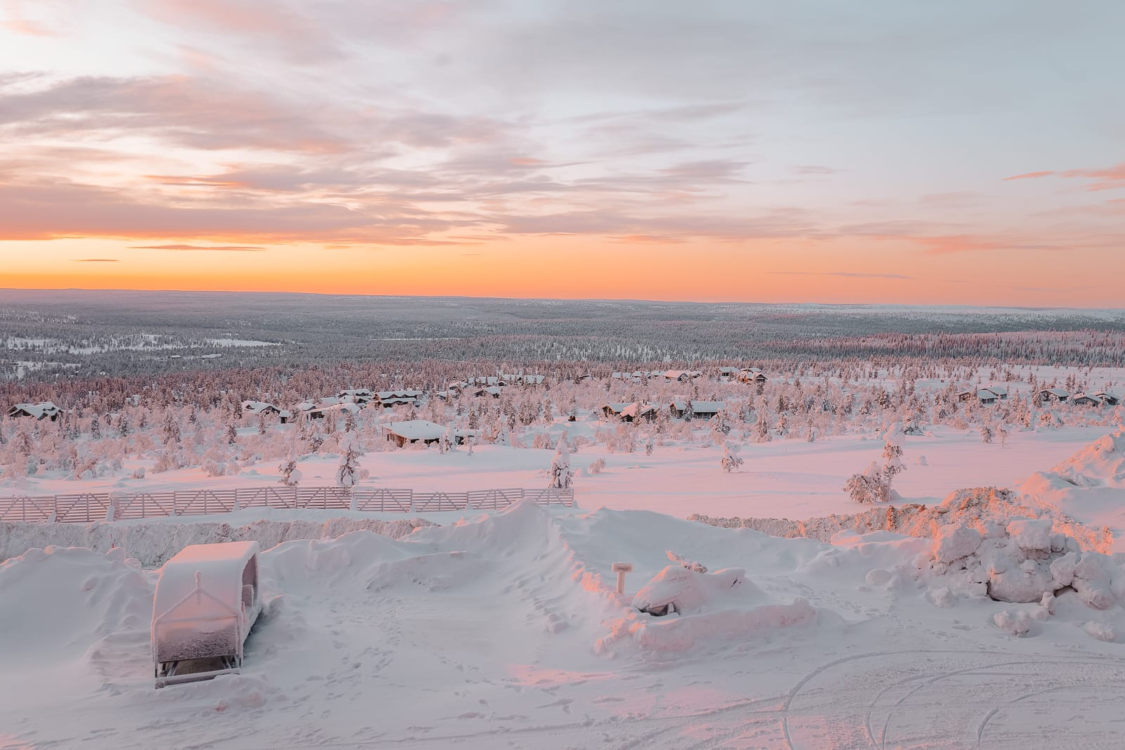 The Northern Lights Village And Star Arctic... In Lapland, Finland (35)