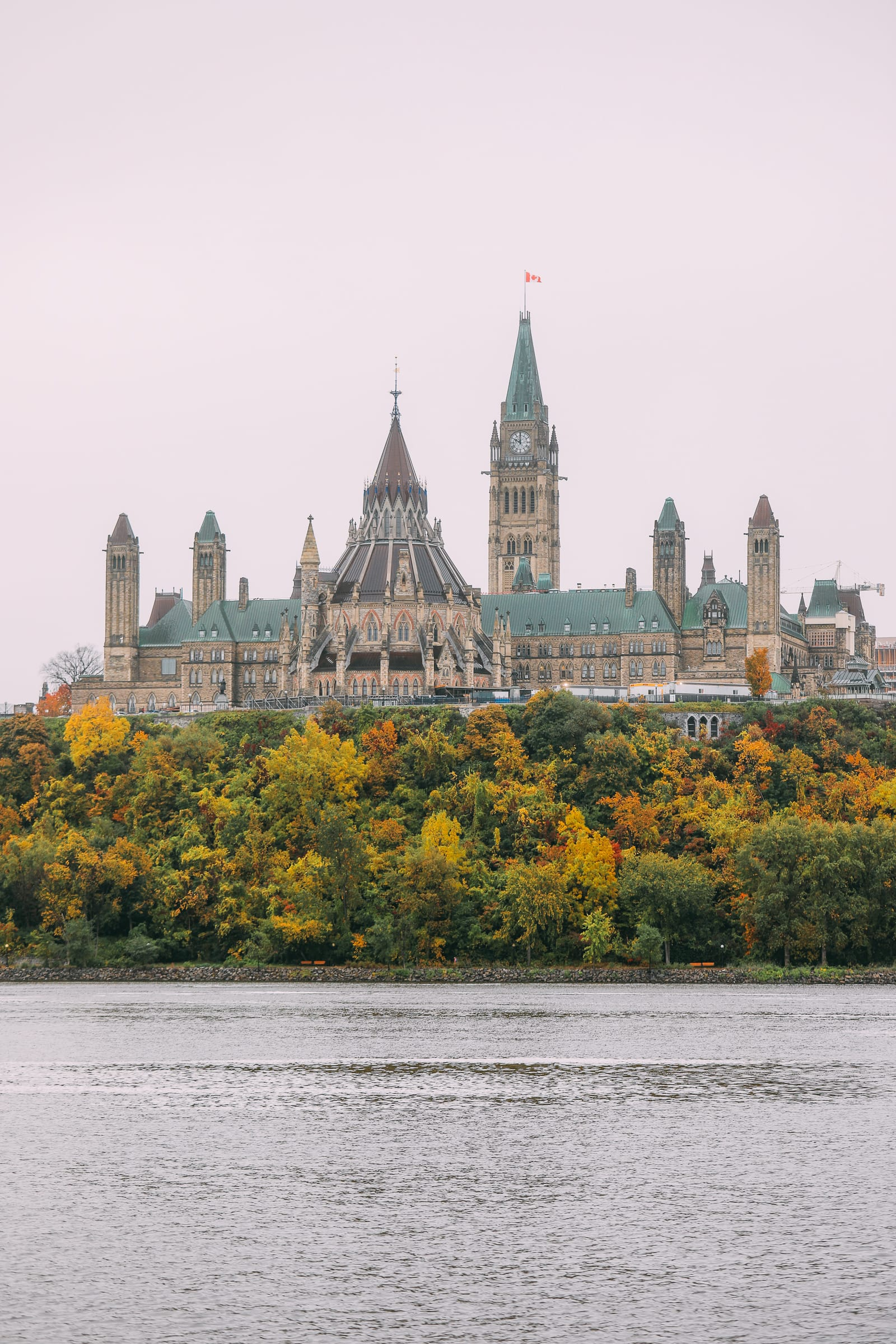 Visiting The Parliament Of Canada (9)